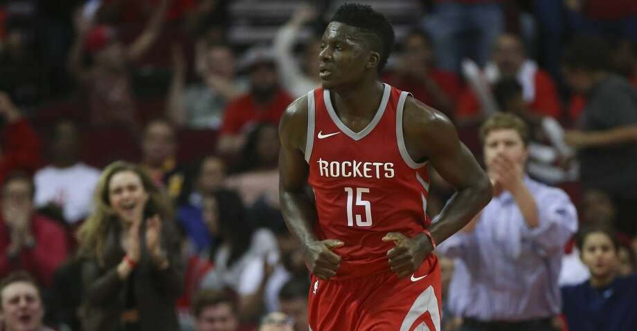 The fans cheer for Houston Rockets center Clint Capela (15) after his dunk during the fourth quarter of an NBA game against the Memphis Grizzlies at Toyota Center on Saturday, Nov. 11, 2017, in Houston. ( Yi-Chin Lee / Houston Chronicle ) Photo: Yi-Chin Lee/Houston Chronicle