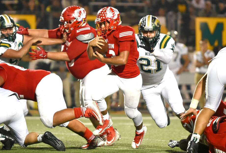 The 52nd meeting between Martin-Nixon is this Friday at 7:30 p.m. This year's matchup will kickoff the season for both teams because of the district realignment. Photo: Danny Zaragoza /Laredo Morning Times File / Laredo Morning Times