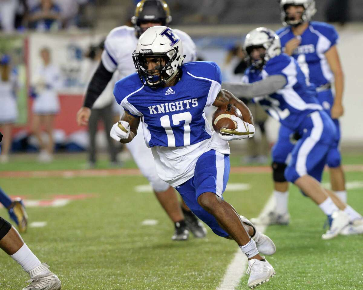 HOUSTON'S TOP UNSIGNED HIGH SCHOOL FOOTBALL RECRUITS (CLASS OF 2018) 2. Jaylen Waddle, WR, Episcopal Considering: Alabama, Texas A&M, Texas
