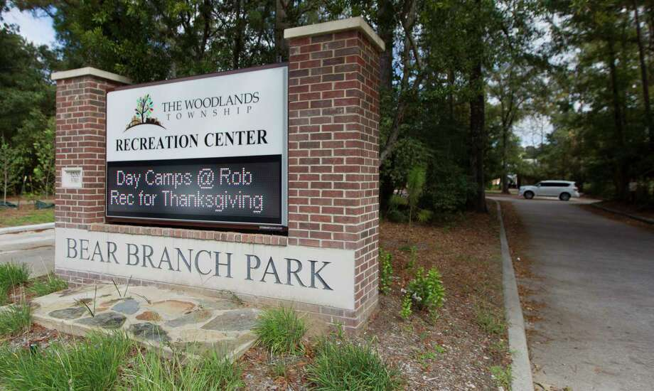 The Woodlands Township plans to renovate Bear Branch Park. Plans include a renovated pool clubhouse and parking lot expansion. Photo: Jason Fochtman, Staff Photographer / © 2017 Houston Chronicle