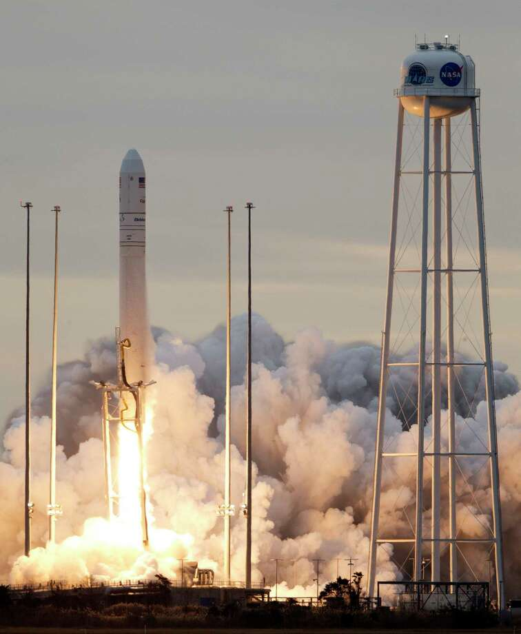 Orbital ATK's Antares rocket lifts off from Wallops Island, Va., Sunday, Nov. 12, 2017. The rocket is carrying cargo to the International Space Station. (AP Photo/Steve Helber) Photo: Steve Helber, STF / Copyright 2017 The Associated Press. All rights reserved.