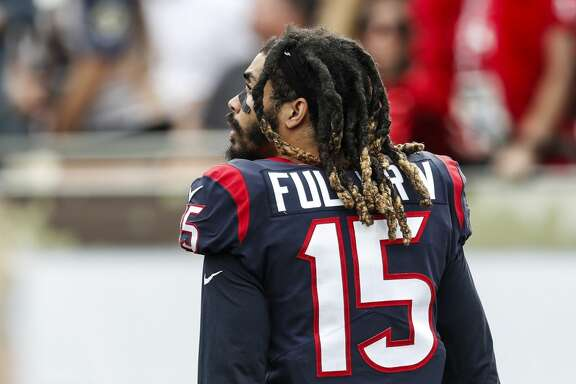 Houston Texans wide receiver Will Fuller (15) walks off the field after suffering an injury against the Los Angeles Rams during the second quarter of an NFL football game at the Los Angeles Memorial Coliseum on Sunday, Nov. 12, 2017, in Los Angeles, Mass. ( Brett Coomer / Houston Chronicle )