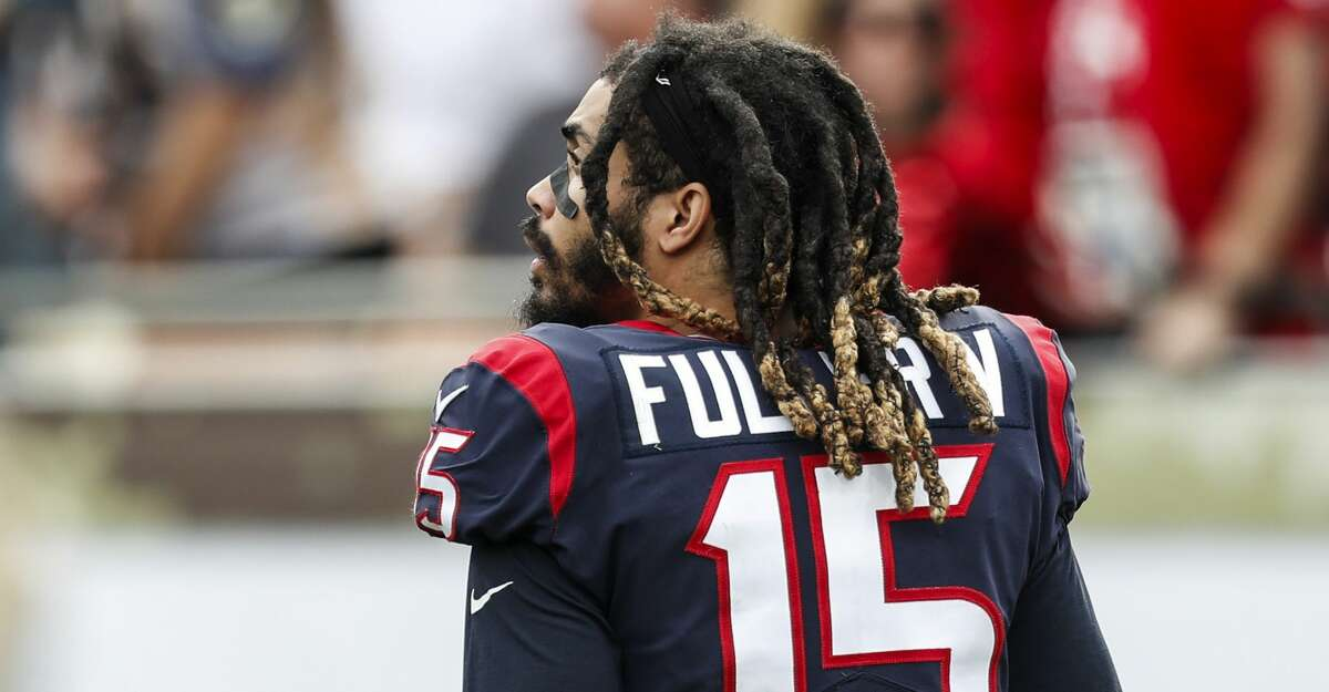Texans wide receiver Will Fuller (15) will not play Sunday due to a rib injury.