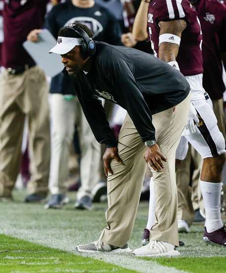 With victories in its final two games, Texas A&M would finish with eight wins for the fourth consecutive season, which likely would cost Kevin Sumlin his job. Photo: Bob Levey, Stringer / 2017 Getty Images