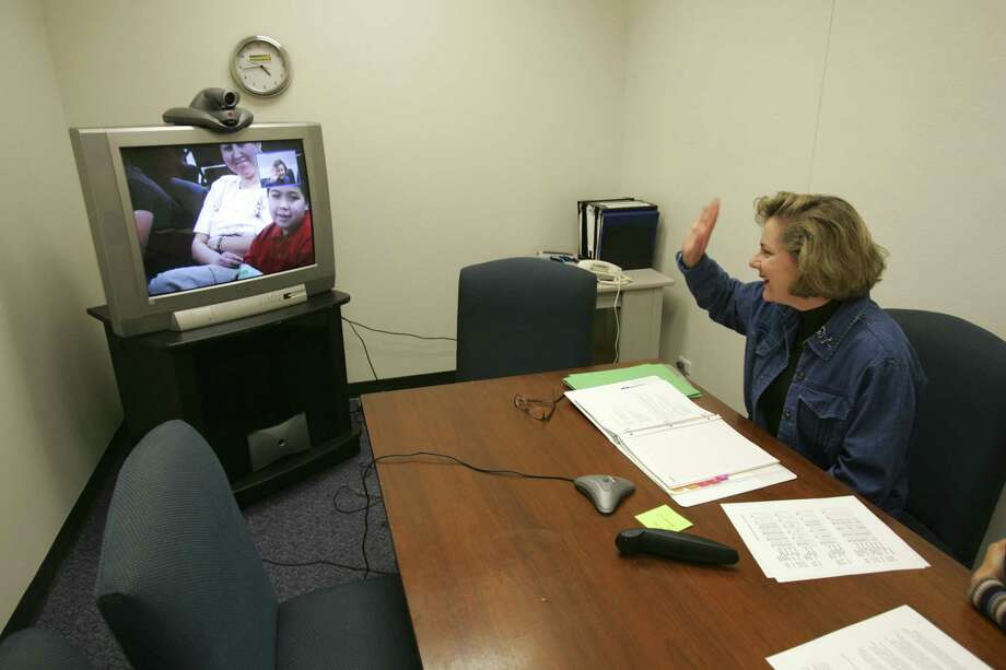 Telemedicine is a form of virtual health care and, in the months before Hurricane Harvey, the Texas Legislature passed numerous bills making telemedicine possible in the Lone Star State by eliminating regulatory obstacles and administrative shackles.  (San Antonio Express-News) Photo: WILLIAM LUTHER, STAFF PHOTOGRAPHER / SAN ANTONIO EXPRESS-NEWS