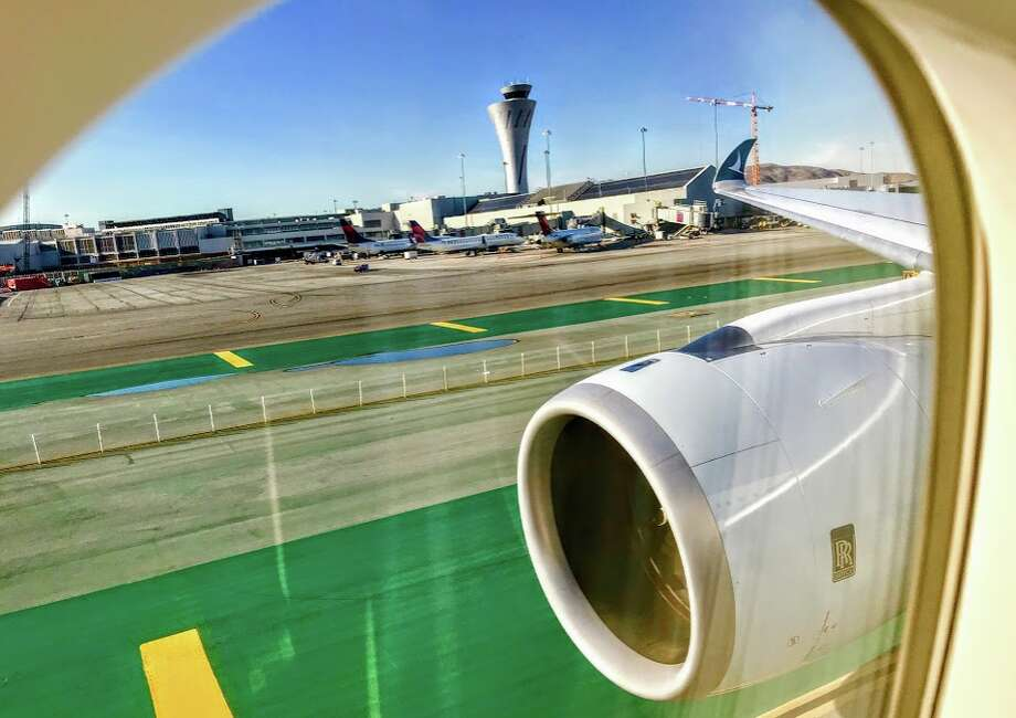 Landing at San Francisco International on a Cathay Pacific Airbus A350 Photo: Chris McGinnis, TravelSkills
