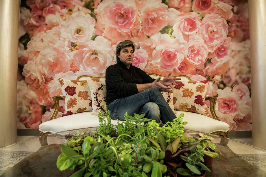 Sidney Martin, who designed floral arrangements for the the sets of major films, prepares on Monday Nov. 13, 2017to open his new floral design shop at 268 Broadway in Saratoga Springs, N.Y. on Nov. 17. (Skip Dickstein/ Times Union) Photo: SKIP DICKSTEIN, Albany Times Union / 20042067A