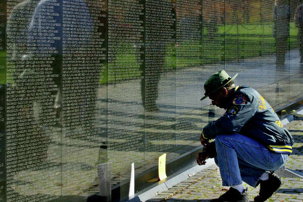 35 Years Ago The U S Dedicated One Of Its Most Touching War Memorials Houstonchronicle Com