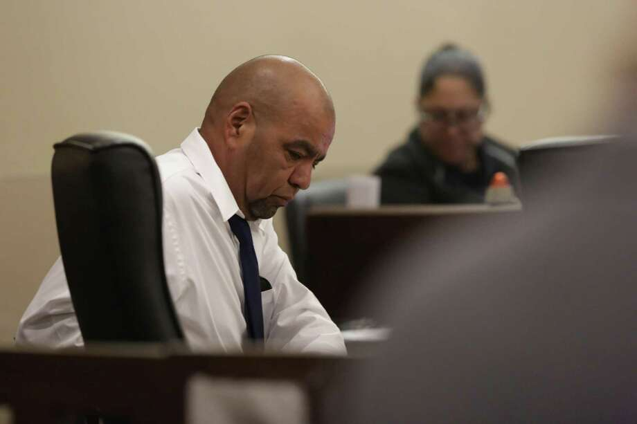 Robert Joiner sits during his trial for murder in the 144th District Court at the Cardenas-Reeves Justice Center, on Nov. 3, 2017. He is accused of killing his wife, Elizabeth Joiner. Photo: Bob Owen /San Antonio Express-News / San Antonio Express-News