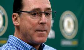 Oakland Athletics'manager Bob Melvin, talks about the baseball season during a press conference at the Oakland Coliseum on Mon. Oct. 2, 2017, in Oakland, Ca.