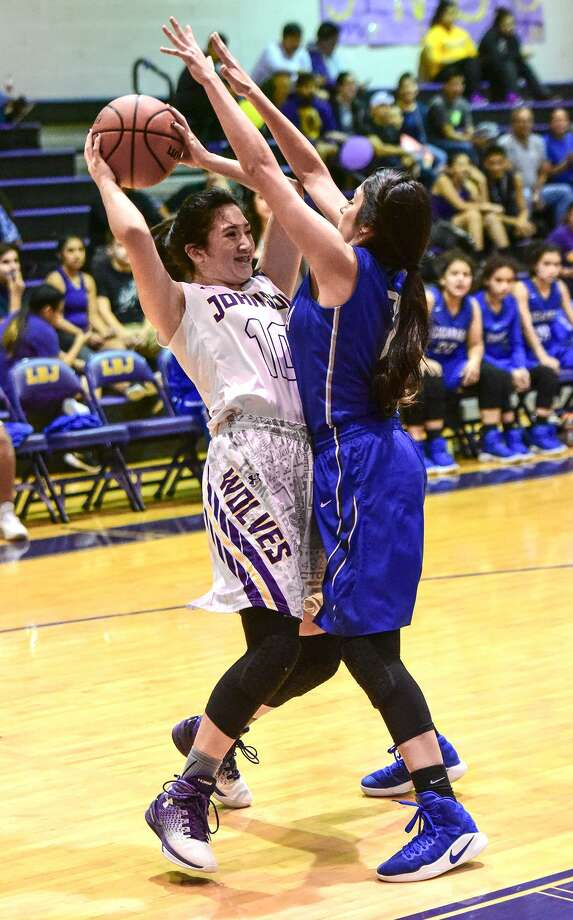Cigarroa host LBJ at 7 p.m. Tuesday. The Lady Toros won 56-35 on the road in last year's matchup. Photo: Danny Zaragoza /Laredo Morning Times File / Laredo Morning Times