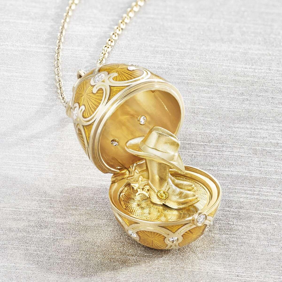 Golden surprise of Texas at Fabergé