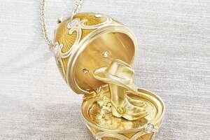 Golden surprise of Texas at Faberg é