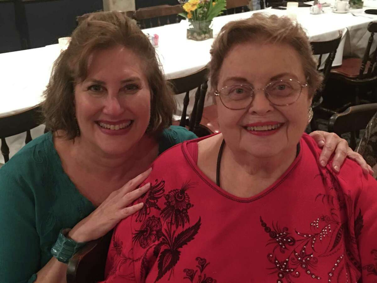Sara Brook, owner of Dessert Gallery, interviewed longtime food editor Ann Criswell at a Houston Culinary Guild dinner at Christie's Seafood.