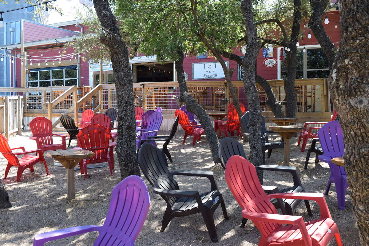 151 Saloon's new food truck park is a new hang out space for San Antonians on the Northwest Side.