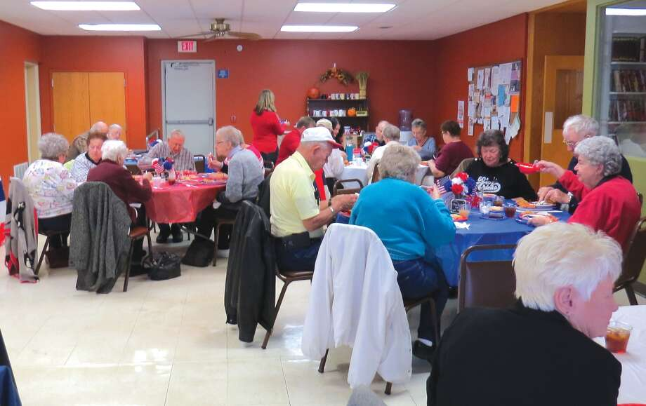 It was a full house at the Veterans lunch at the Main Street Community Center. Photo: Carol Arnett