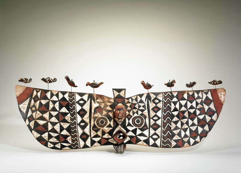 Nuna artist, Boucle du Muhoun Region, Burkina Faso face mask. Mid-20th century. Wood, pigment, metal. Photo: National Museum Of African Art, Smithsonian Institution / Smithsonian Institution