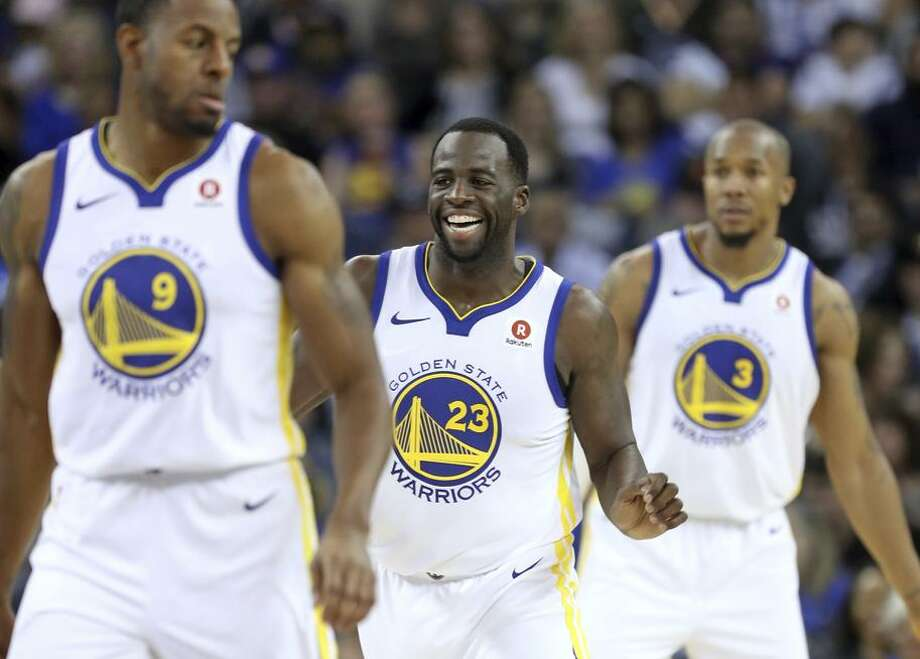 Draymond Green, between Andre Iguodala (9) and David West, had a season-high 20 points against Orlando on Monday. Photo: Scott Strazzante / The Chronicle / San Francisco Chronicle