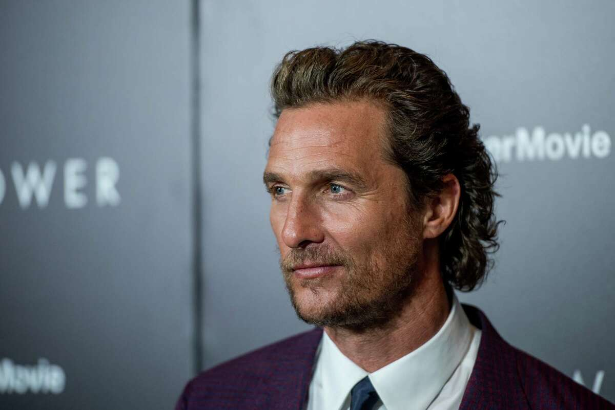 One of the most famous voices from Texas has betrayed his Lone Star roots to hawk burgers for the Tennessee-based chain.As first pointed out by the Austin American-Statesman, Matthew McConaughey is now the voice of Carl's Jr. in commercials in TV and on radio.
