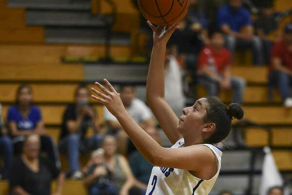Angelina Mosqueda had a game-high 16 points for Cigarroa in a 54-38 victory at home over LBJ Tuesday.