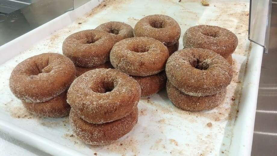 Cider donuts at Beardsley. Photo: Frank Whitman / For Hearst Connecticut Media
