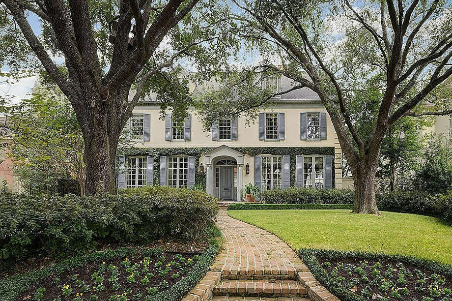 River Oaks AreaAverage sales price (Nov. 2015-Oct. 2016): $2,563,818Average sales price (Nov. 2016-Oct. 2017): $2,257,933Percent change: -11.9 Photo: Houston Association Of Realtors