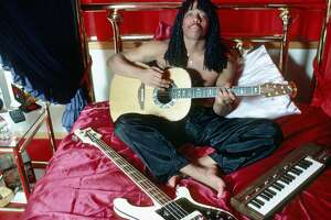 LOS ANGELES - CIRCA 1981: Rick James poses in his bedroom at home circa 1981 in Los Angeles California. (Photo by Michael Ochs Archives/Getty Images)