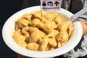 """Cake Thieves will be featuring its vegan take on mac and cheese, as well as its doughnuts, cookies and other foods at a vegan """"Friendsgiving"""" pop-up event on Brick at the Blue Star Arts Complex from 6 to 9 p.m. Nov. 22. Cake Thieves is co-hosting the event with Melody Mala."""