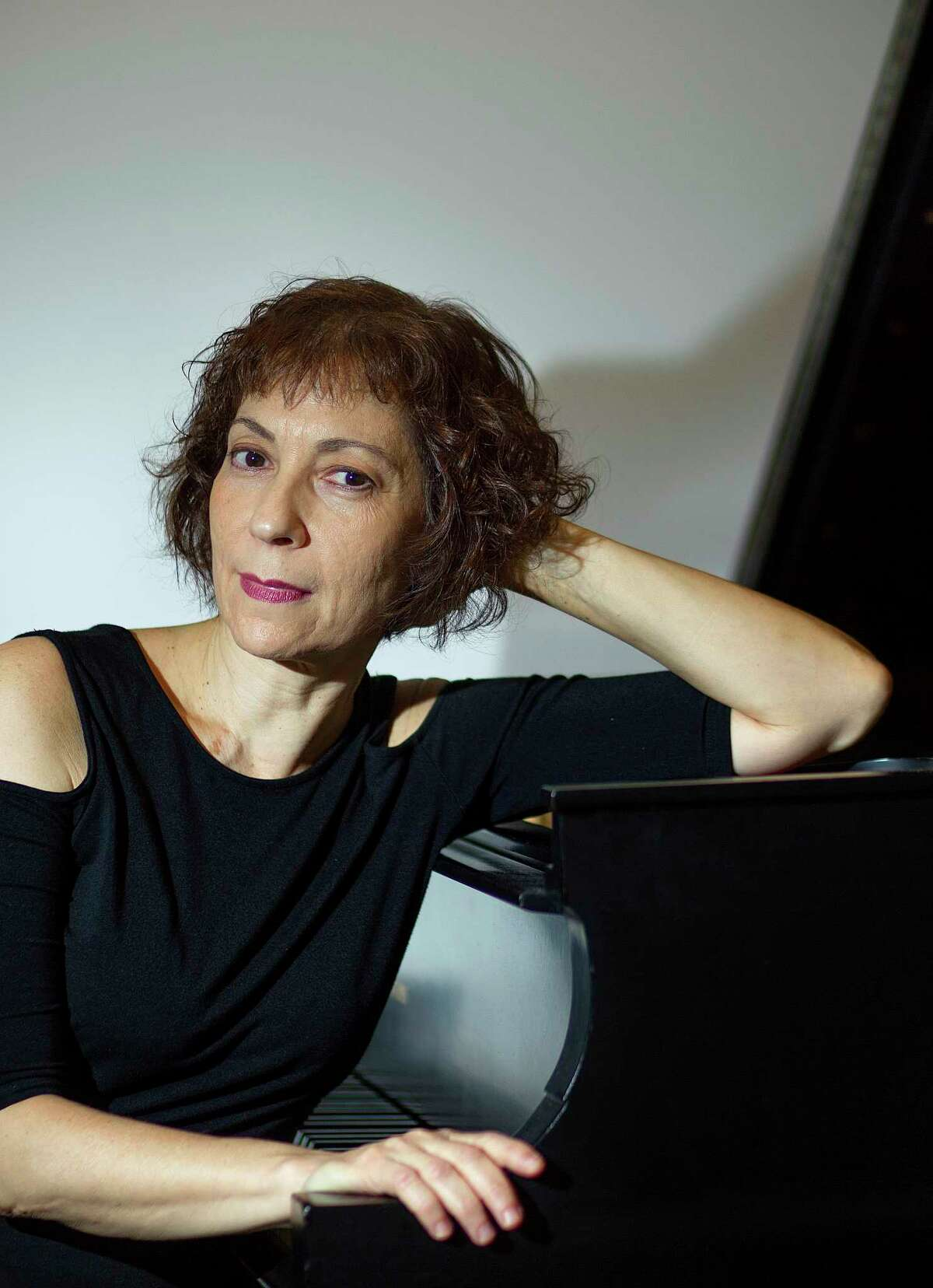 Sarah Rothenberg, a virtuoso pianist and fine arts programer who runs Da Camera, has a new CD out called Rothko Chapel on ECM. Rothenberg is photographed at Da Camera, across the street from the Rothko Chapel, Tuesday, Oct. 13, 2015, in Houston. ( Mark Mulligan / Houston Chronicle )
