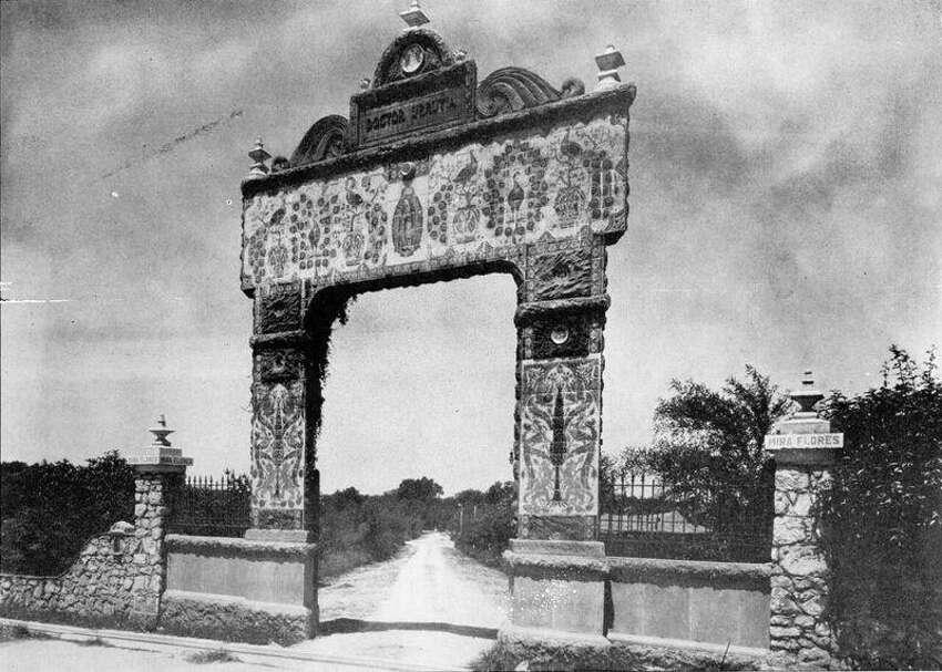 3. Miraflores1234-1366 E. Hildebrand Ave. The art garden was started in the 1920s by Dr. Aureliano Urretia. Atlas Obscura: