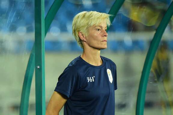 RIO DE JANEIRO, BRAZIL - AUGUST 06:  South Africa Coach Vera Pauw looks on during the Women's Group E first round match between South Africa and China PR on Day 1 of the Rio 2016 Olympic Games at the Olympic Stadium on August 6, 2016 in Rio de Janeiro, Brazil.  (Photo by Harry How/Getty Images)