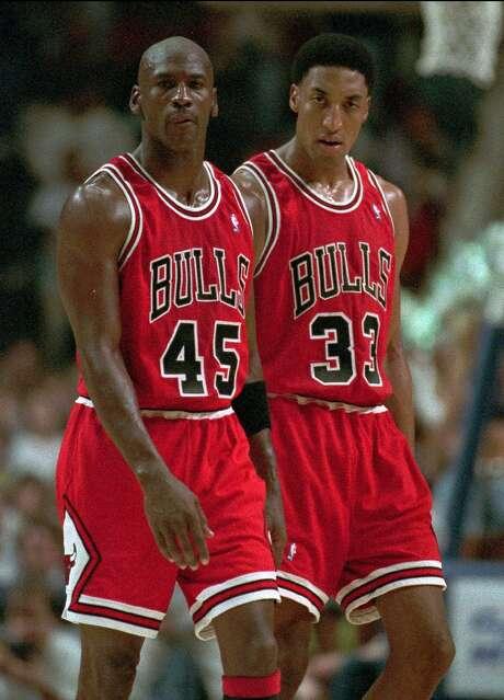Chicago Bulls' Michael Jordan and Scottie Pippen. Photo: MICHAEL CONROY, Associated Press