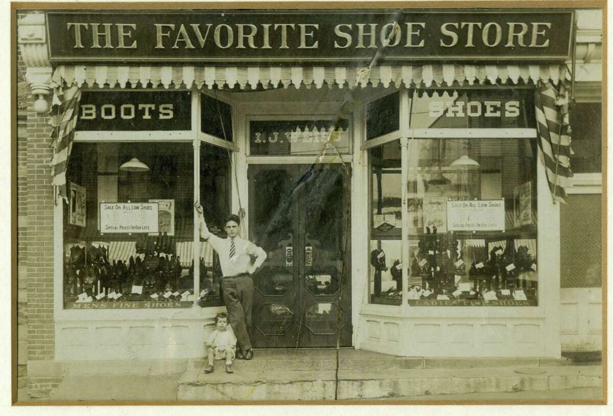 I.J. Weiss opened The Favorite Shoe Store, 92 Greenwich Ave., in 1909. It stayed in business for 91 years.