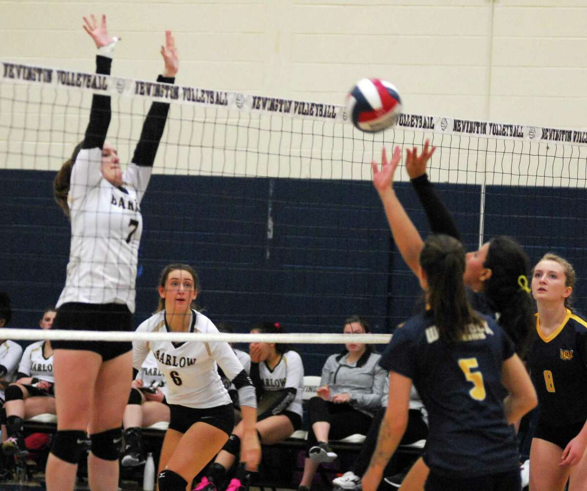 Action from the Class L semifinal between Barlow and Woodstock on Wednesday.