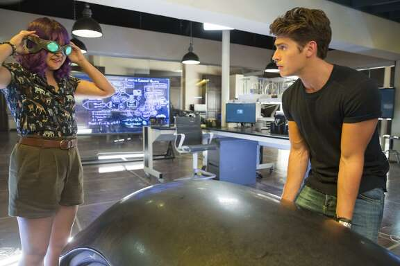 "MARVEL'S RUNAWAYS - ""Destiny"" - Episode 103 - The kids are reeling following last nightÕs events. As an investigation begins, they discover their parents may have more to hide than they could have imagined. Gert Yorkes (Ariela Barer) and Chase Stein (Gregg Sulkin), shown.  (Photo by: Patrick Wymore/Hulu)"