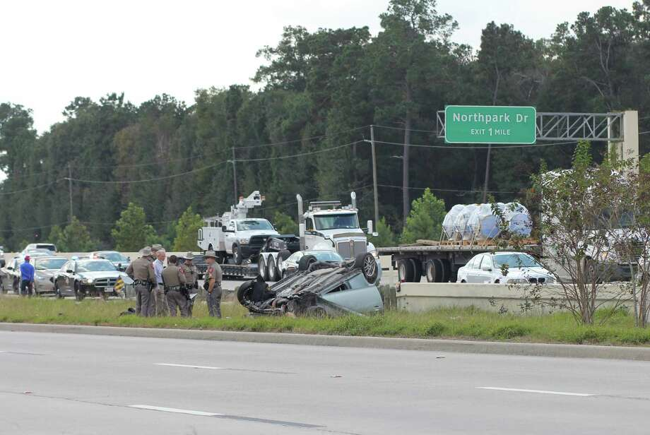 Woman dies in U S  59 crash near Porter - The Courier