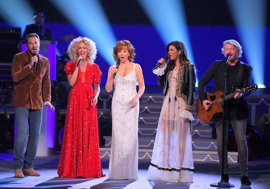 CMA Country ChristmasMonday, Nov. 277 p.m. on ABC Photo: Mickey Bernal/FilmMagic