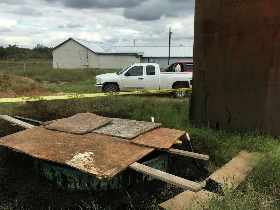 Atascosa deputies said the vat was nearly 6 feet deep and filled with oil. Photo: Contributed Photo