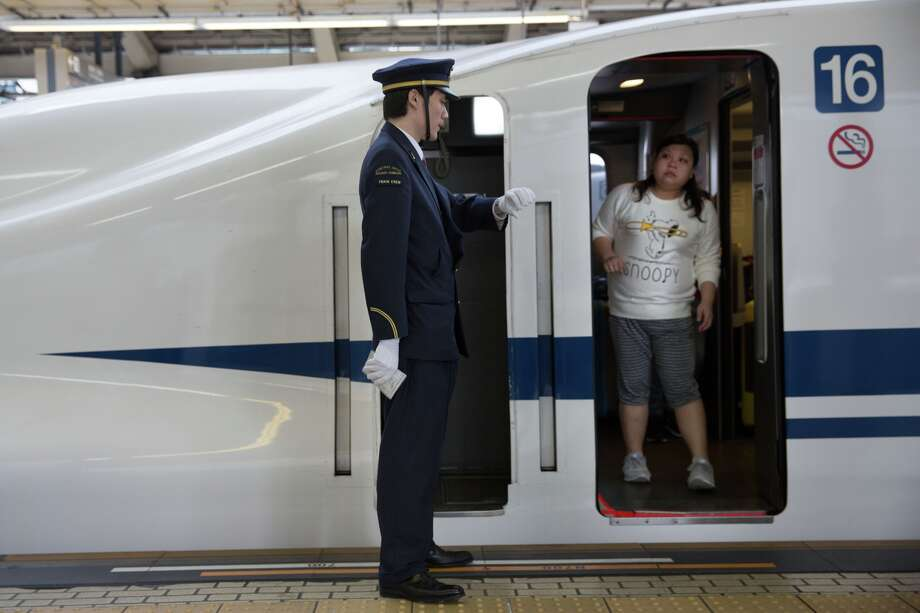 Japanese train company says sorry for leaving 20 seconds early