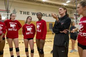 The Woodland head coach Terri Wade talks with players during volleyball practice at The Woodlands High School, Tuesday, Nov. 14, 2017, in The Woodlands.