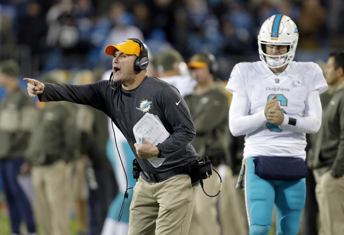 Tampa Bay plus-1 at Miami Dolphins 20-17