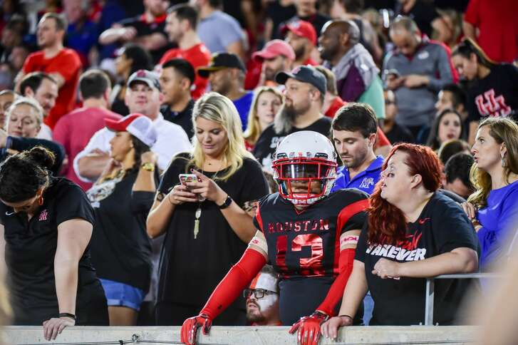 HOUSTON, TX - OCTOBER 19: Houston Cougar fans appear in dismay as the Cougar lead diminishes late in the second half during the football game between the Memphis Tigers and the Houston Cougars on October 19, 2017 at TDECU Stadium in Houston, Texas. (Photo by Ken Murray/Icon Sportswire via Getty Images)