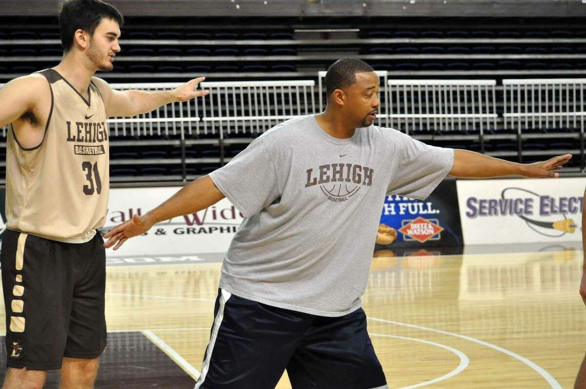 Antoni Wyche coached at Lehigh before spending the past two seasons at Siena.