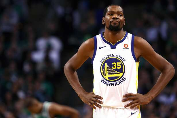 BOSTON, MA - NOVEMBER 16: Kevin Durant #35 of the Golden State Warriors looks on during the second quarter against the Boston Celtics at TD Garden on November 16, 2017 in Boston, Massachusetts.  (Photo by Maddie Meyer/Getty Images)