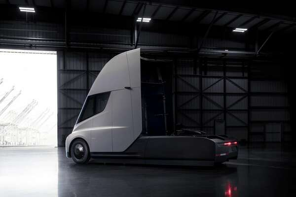 Tesla has released renderings of the new Tesla Semi, which is expected to be in production in 2019.
