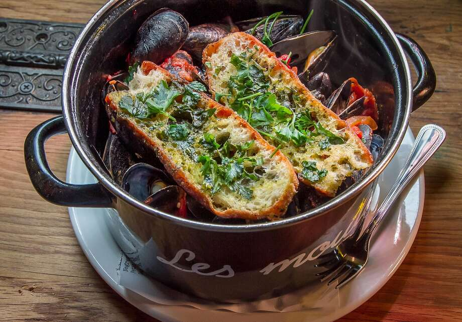 The Mussels Marmande at Aquitaine. Photo: John Storey, Special To The Chronicle