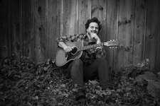Pete Francis, from Dispatch, plays local show in Norwalk on Nov. 22.