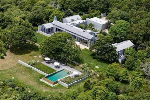 The Obama family vacationed in this Chilmark, MA, compound in 2013.