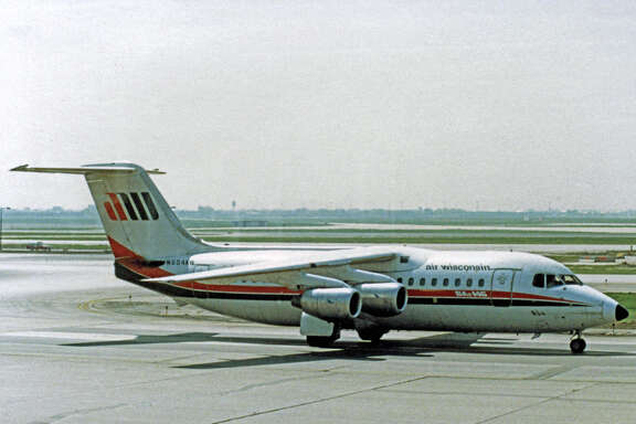 BAe 146-200 N604AW of Air Wisconsin at Chicago O'Hare in 1987