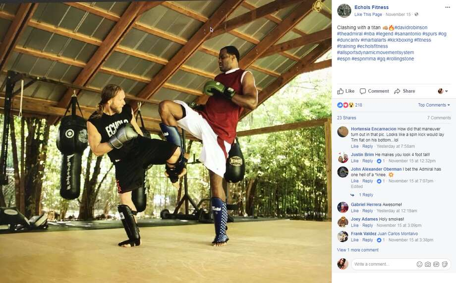 Jason Echols, who has worked with Duncan in the past, posted a photo showing himself working with The Admiral on Nov. 15.